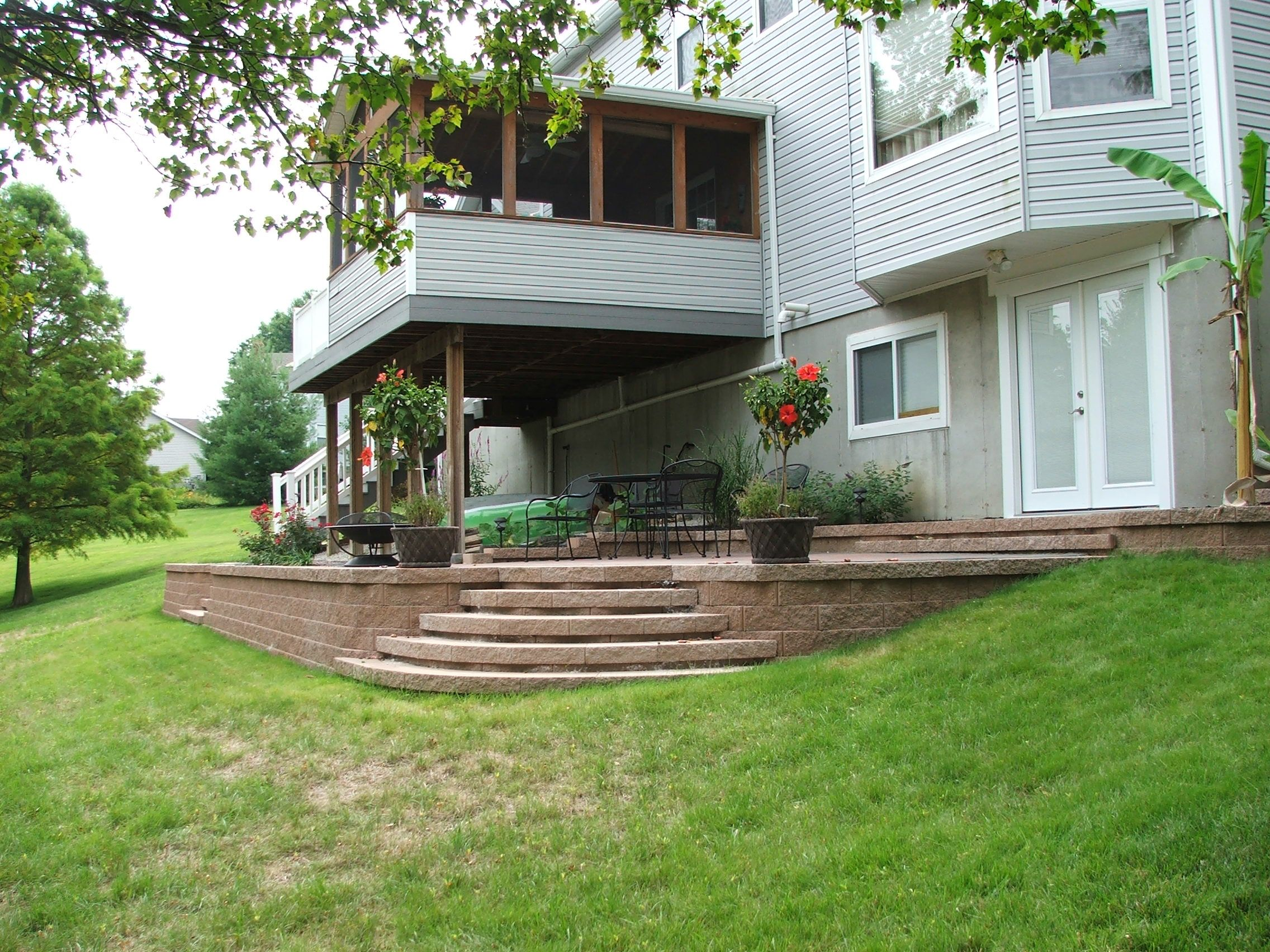 Patio on a hill google search patio ideas 2014 for Outdoor living ideas patio