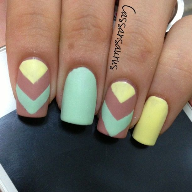 Nail art  #nail #unhas #unha #nails #unhasdecoradas #nailart #mint #yellow #amarelo #cool #fashion #stylish #lindo