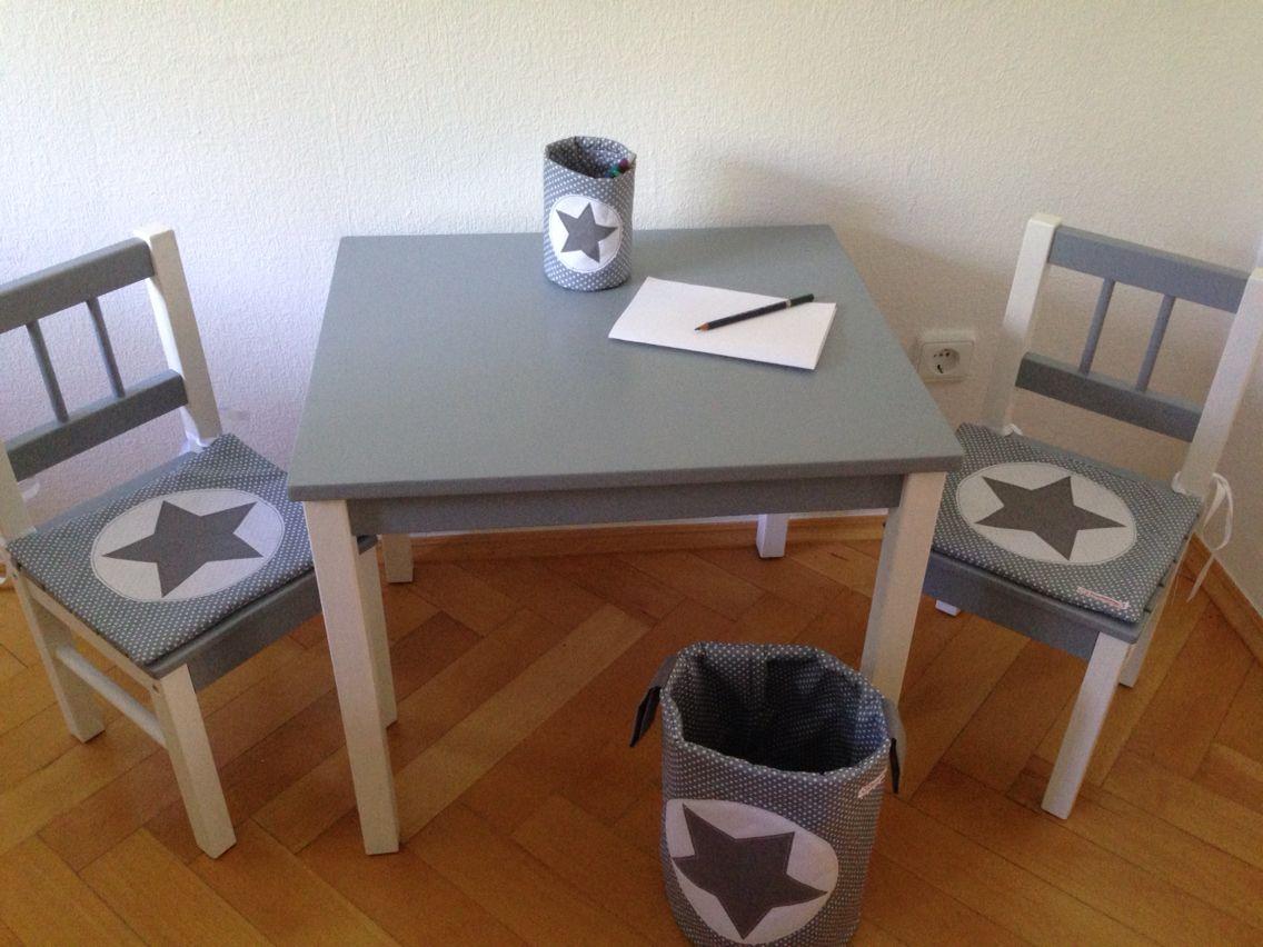 Tisch und Stühle von Ikea aufgepeppt