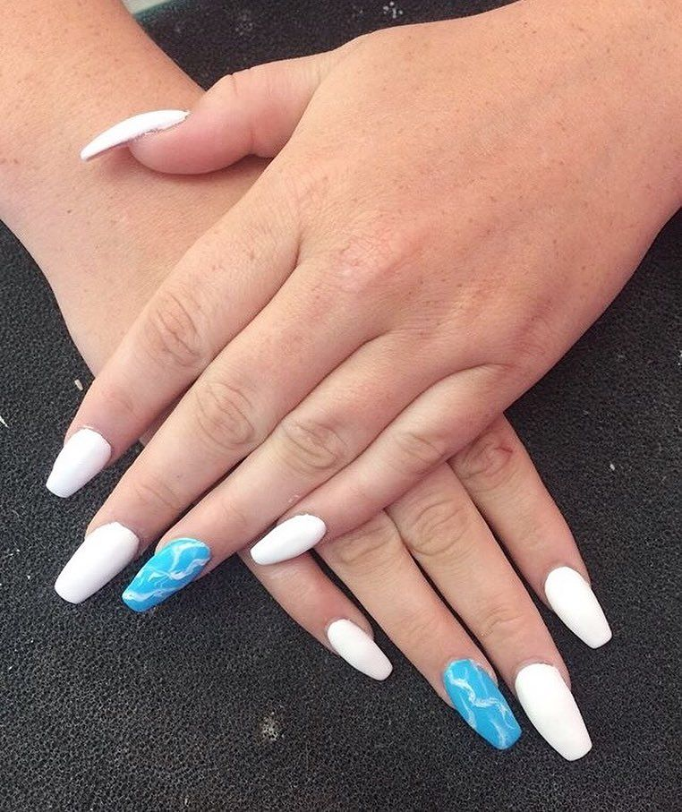 Full Set Of Acrylic Nails With Gel Polish And A Marble Feature Acrylic Acrylicnails Nails M Baby Blue Acrylic Nails White Acrylic Nails Blue Acrylic Nails