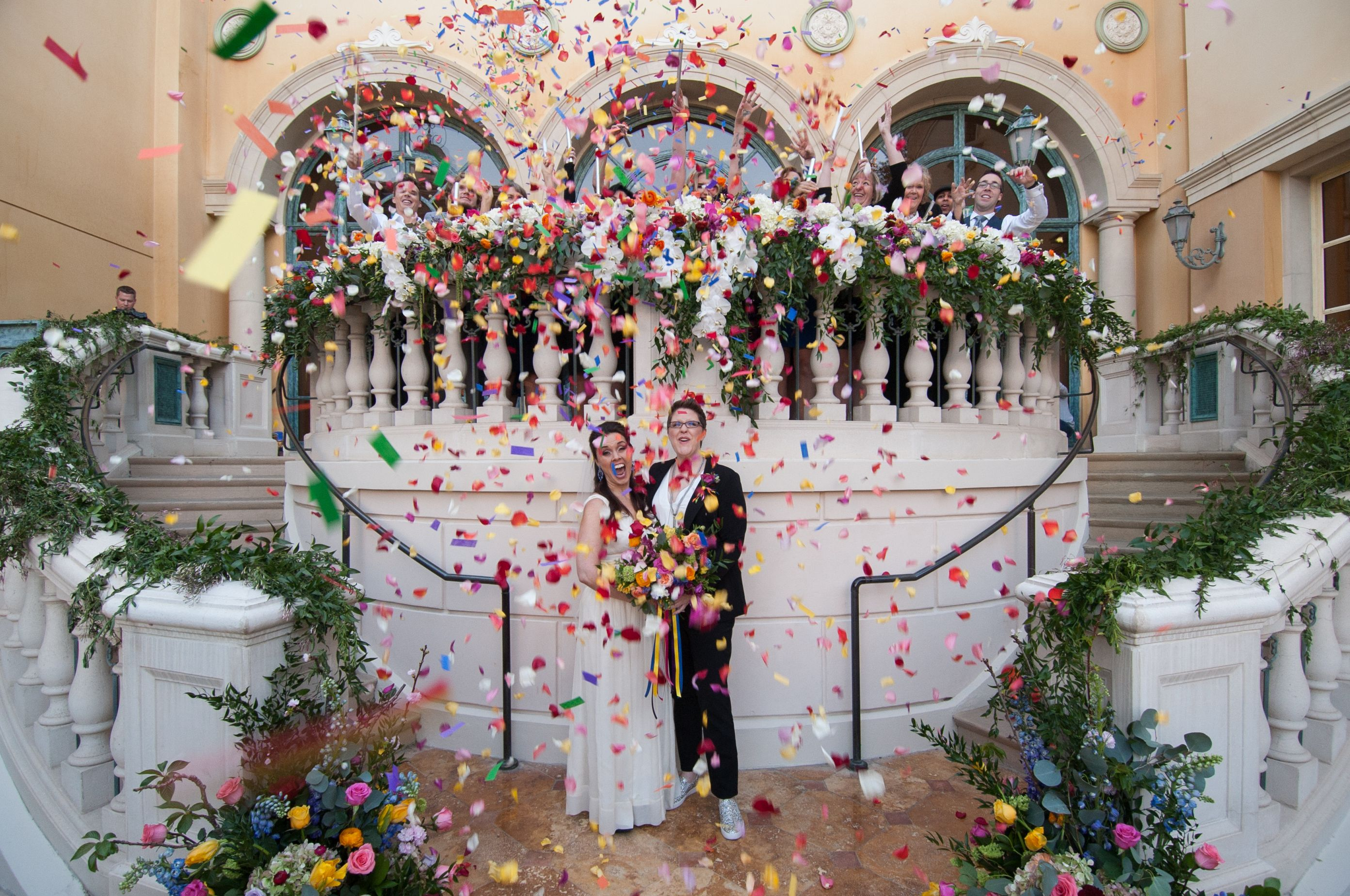 Lesbian Wedding Inspiration Las Vegas Lgbtq Wedding At Bellagio Las Vegas Las Vegas Wedding Inspiration Bellagio Las Vegas Vegas Wedding