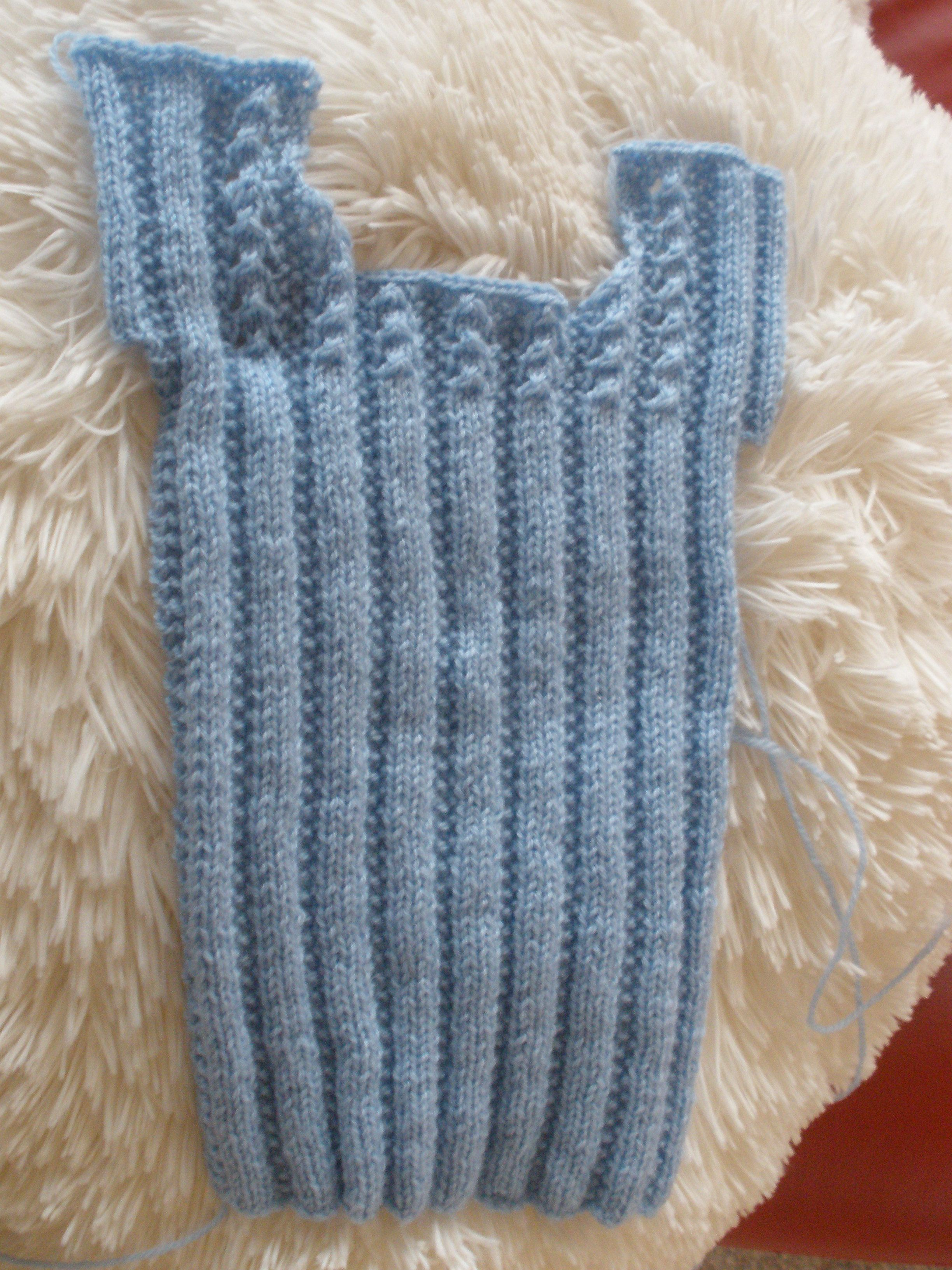 hand knitted baby singlets - Google Search | bebes | Pinterest ...