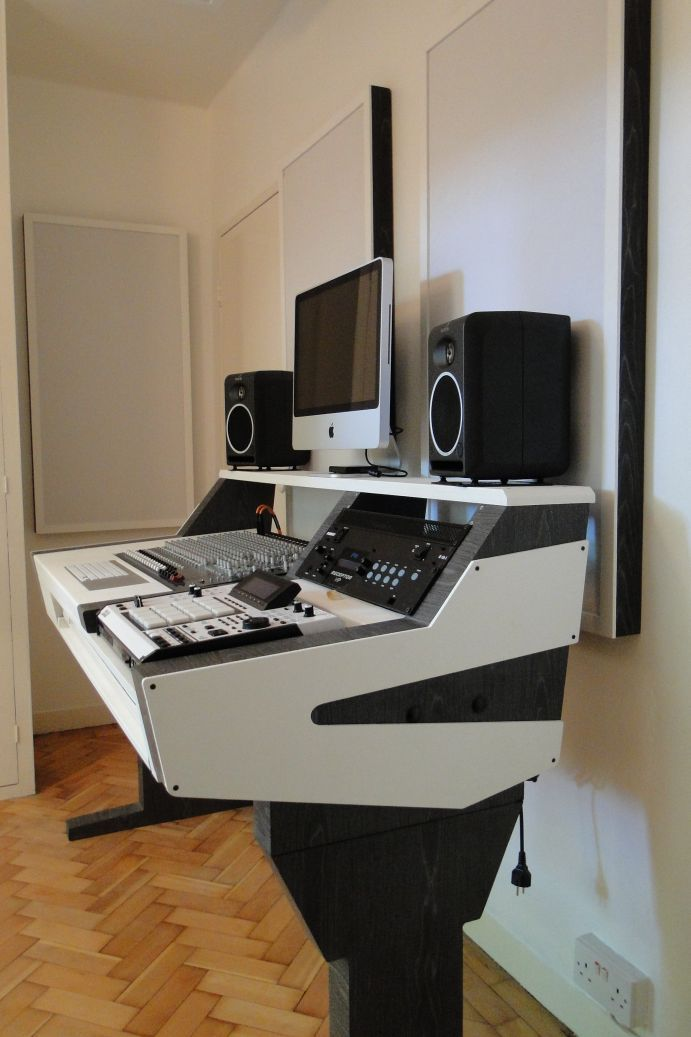 Diy Fully Custom Built Studio Desk B W Studio Desk Recording Studio Desk Home Studio Music