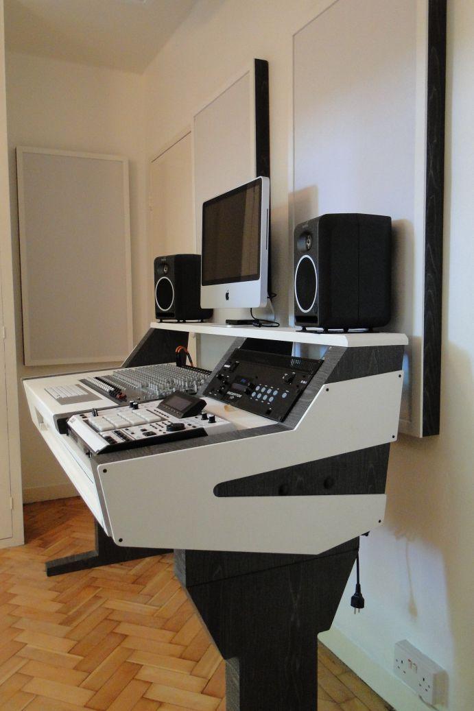 DIY fully custom built Studio Desk - B&W - Gearslutz.com ...
