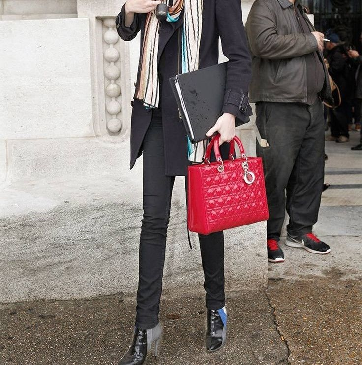 e3b02e1d0ab Bolsa Christian Dior Lady Dior Framboesa • Preço Loja  R 21.300