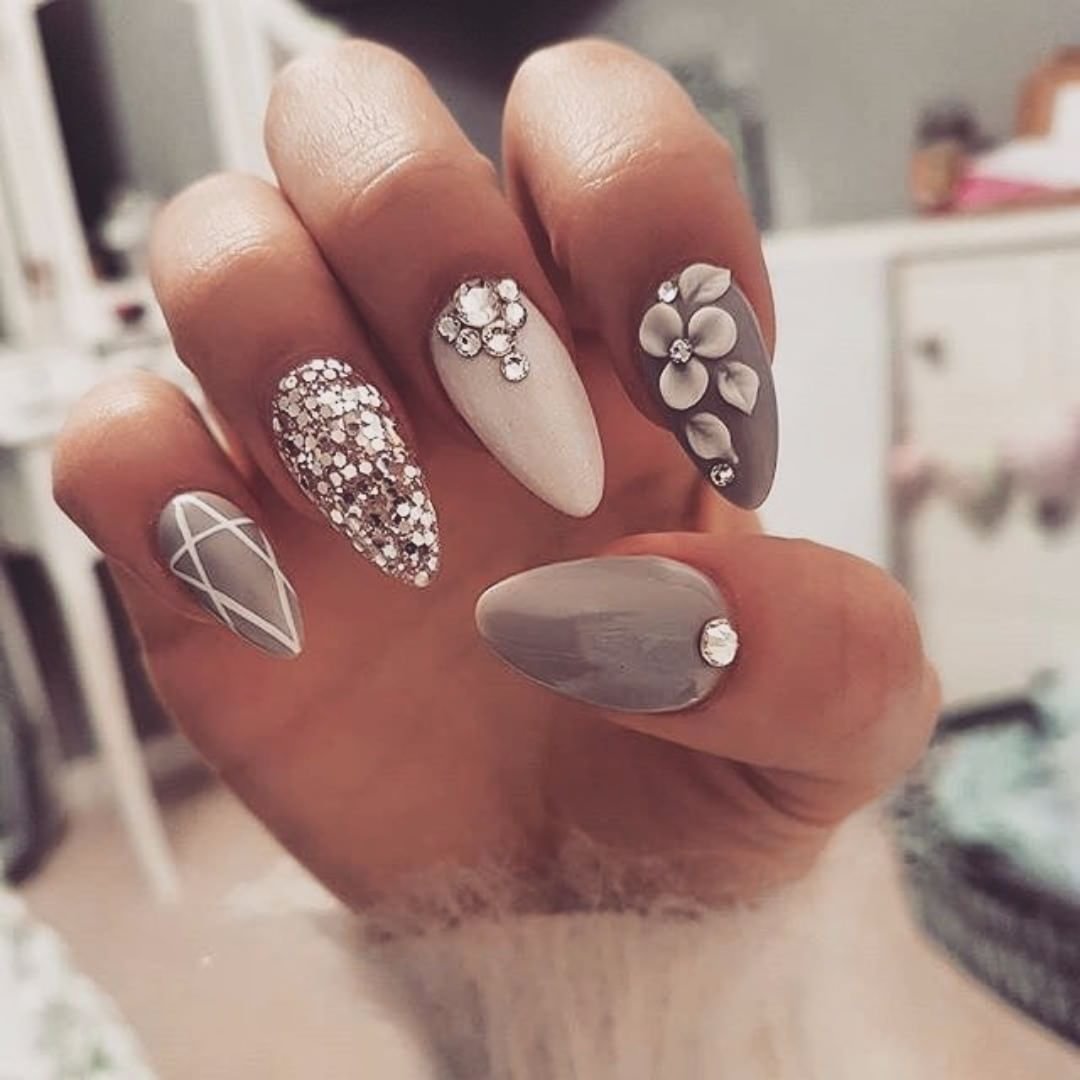 Divine nails to inspire your day 2019 Page 22 of 55