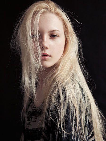 Blonde Character Inspiration: Swan Princess WIP