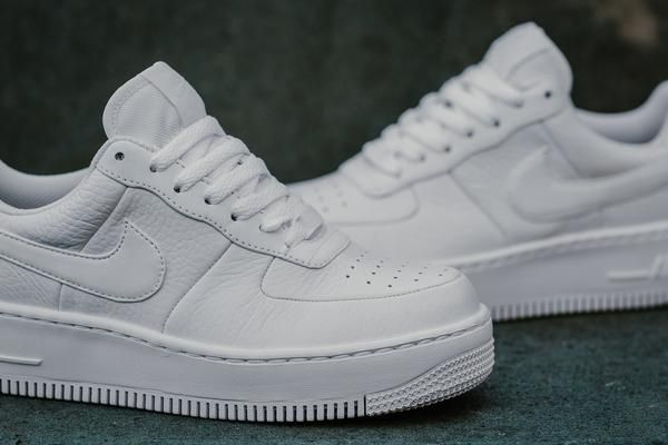 online retailer 4eae3 b5ef1 Product Name  Nike Air Force 1 Upstep WMNS 917588-100 Specification  The  classic