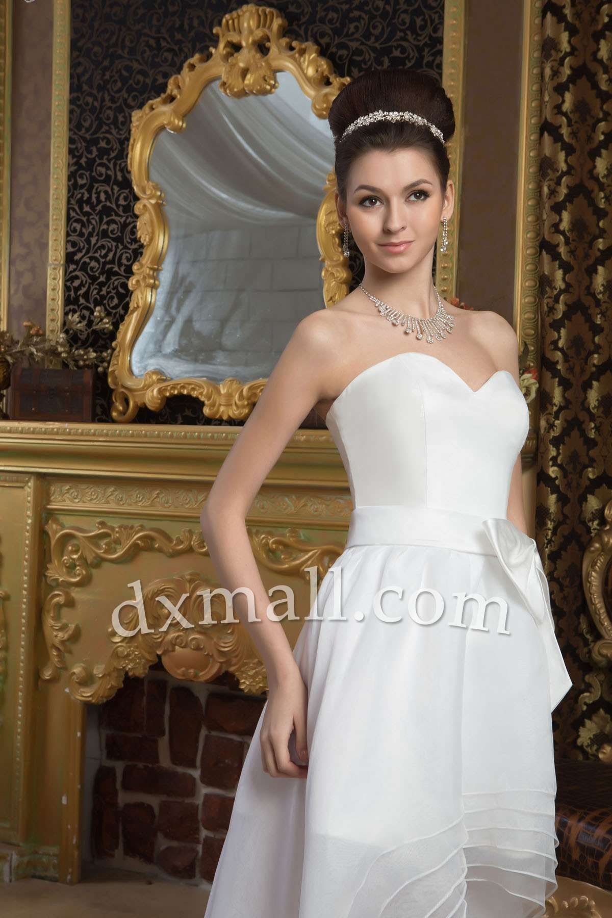 Short wedding dresses sweetheart sweepbrush train organza satin
