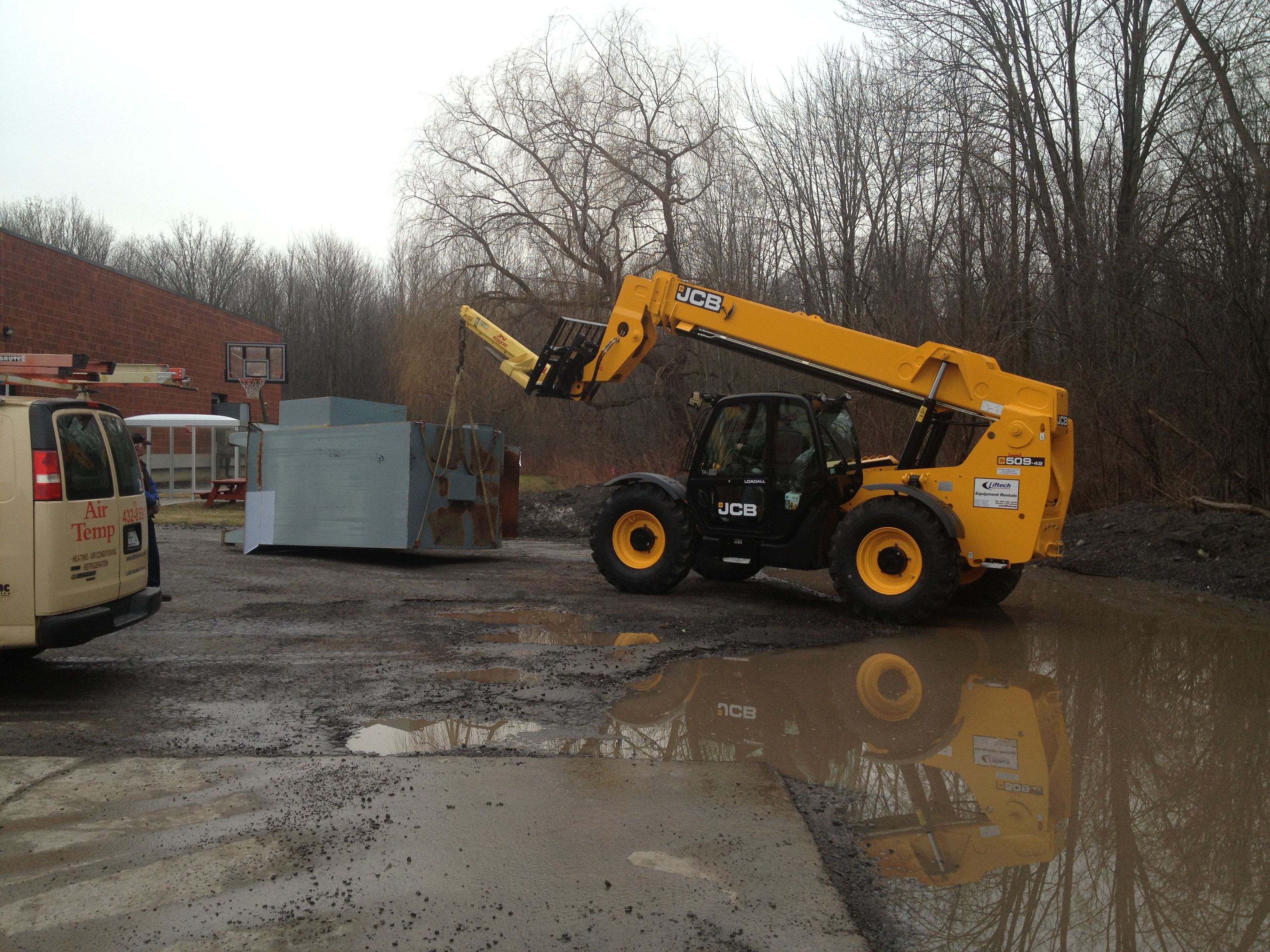 Pin on LARGE FORK TRUCKS IN SYRACUSE NEW YORK FOR RENT