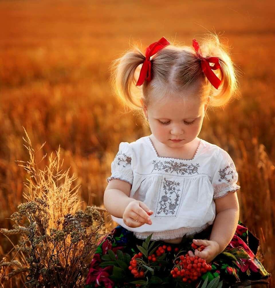 Pin Ot Polzovatelya Hadeel Hussein Na Doske Children Fotosessiya Deti Pricheski