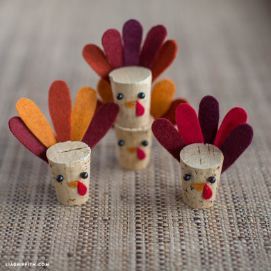 Thanksgiving Crafts Ideas and DIY Decor for Kids and Adults -   21 diy thanksgiving crafts for adults ideas