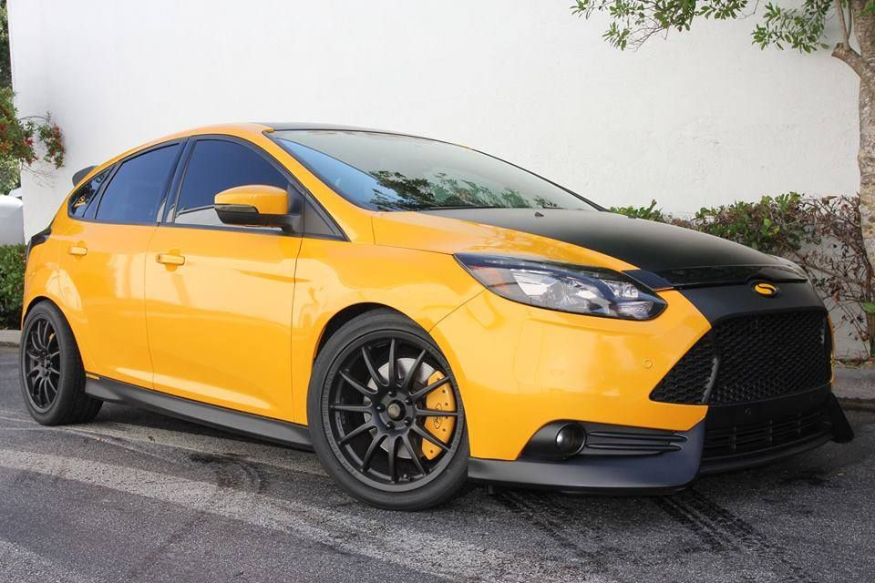 Ford Focus St 3 Black Yellow