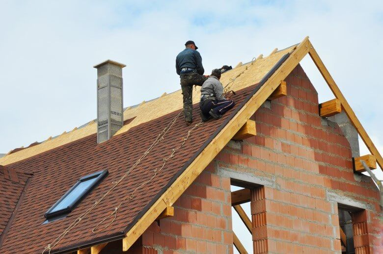 Advantages Of Choosing Professional Roof Replacement Service Roofing Contractors Residential Roofing Roof Installation