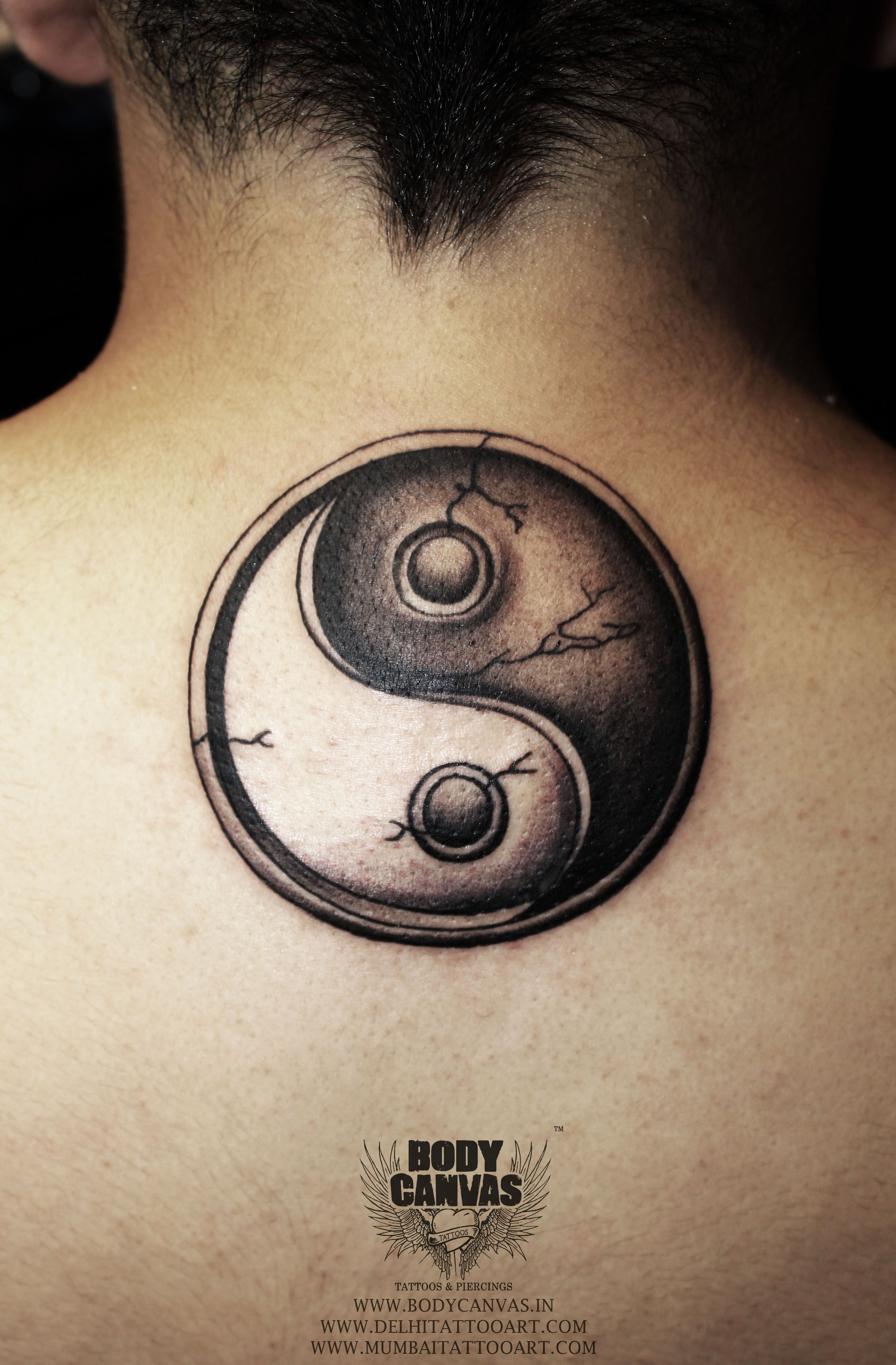 Awesome Tattoo Design Yin And Yang Good And Bad Tattoo Idea Bad Tattoos Tattoo Shop Tattoo Designs