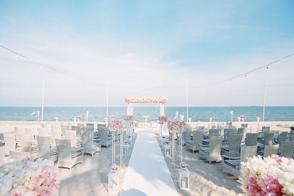 beach wedding in new jersey%0A beach wedding ceremony   romantic wedding on the beach