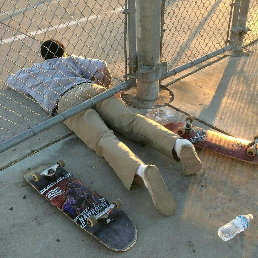 Skater Boy Aesthetic Wallpaper