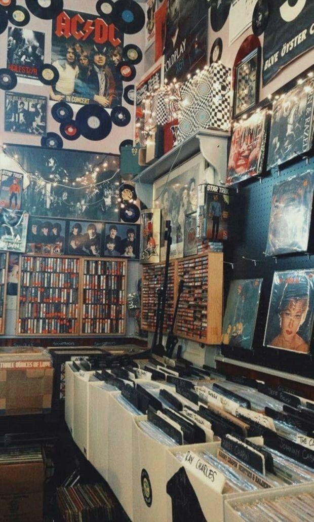 Wallpaper #vintagemusic ? in 2020 | Retro photography, Aesthetic bedroom,  Wallpapers vintage