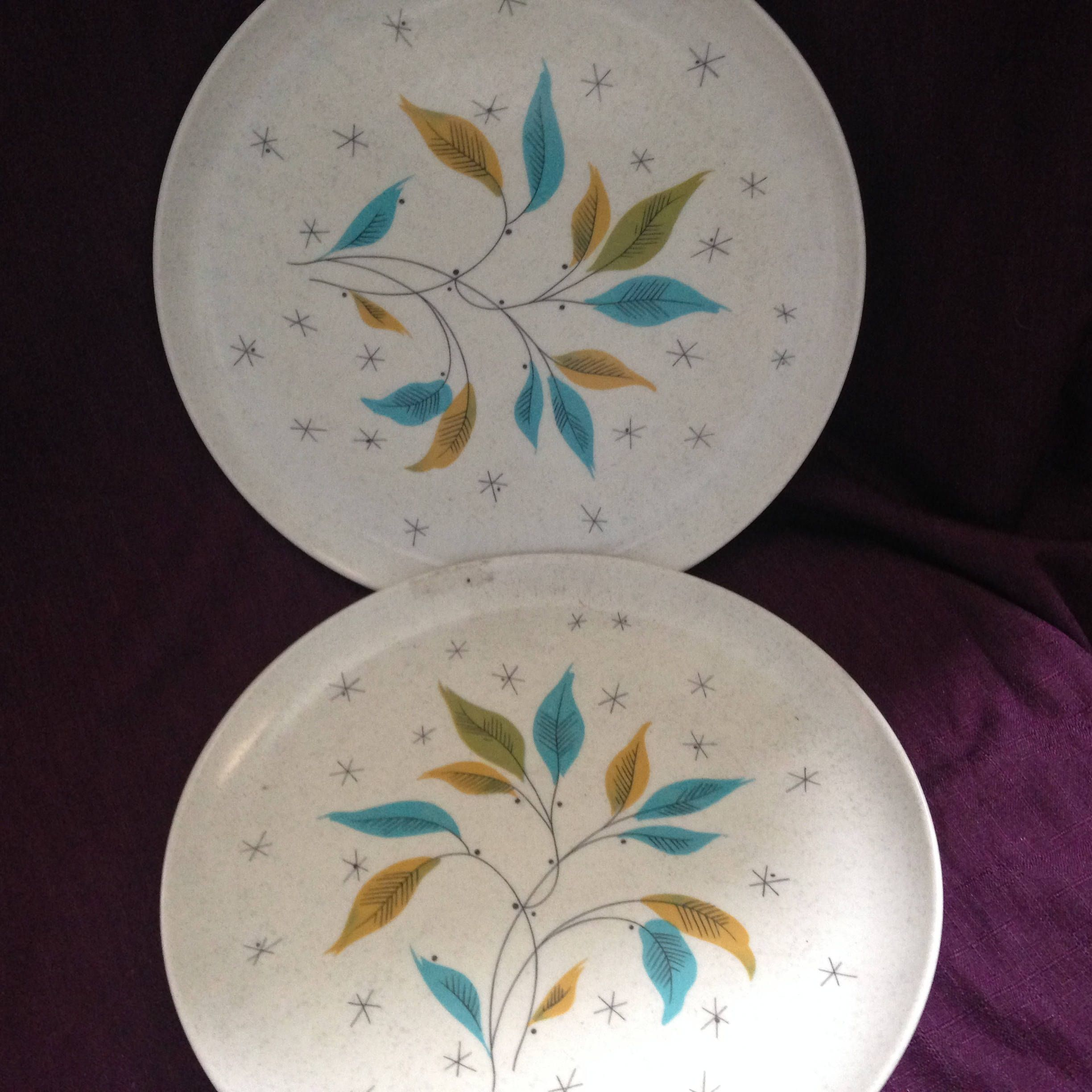 Automic Eames Era 2 Dinner Plates Aqua Blue Gold Green Leaf 2 Maplex Melmac dinner plates - At Everything Vintage Shipping is On Us & Automic Eames Era 2 Dinner Plates Aqua Blue Gold Green Leaf 2 Maplex ...