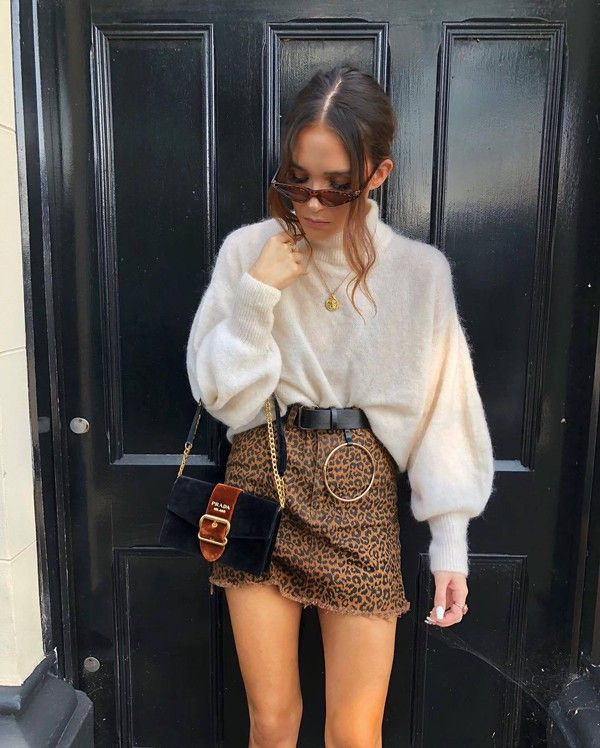 a6fcb1b62 There are 2 tips to buy skirt, leopard print, mini skirt, denim skirt