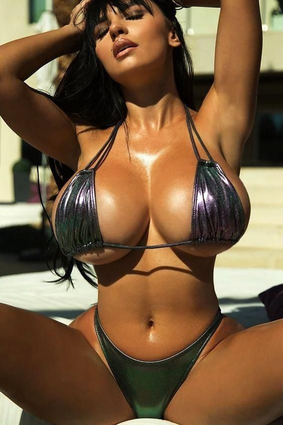 767890c381dfd #MoonRayPicks Gentleman's Babe Hot Bikini, Bikini Babes, Bikini Tops, Bikini  Girls,