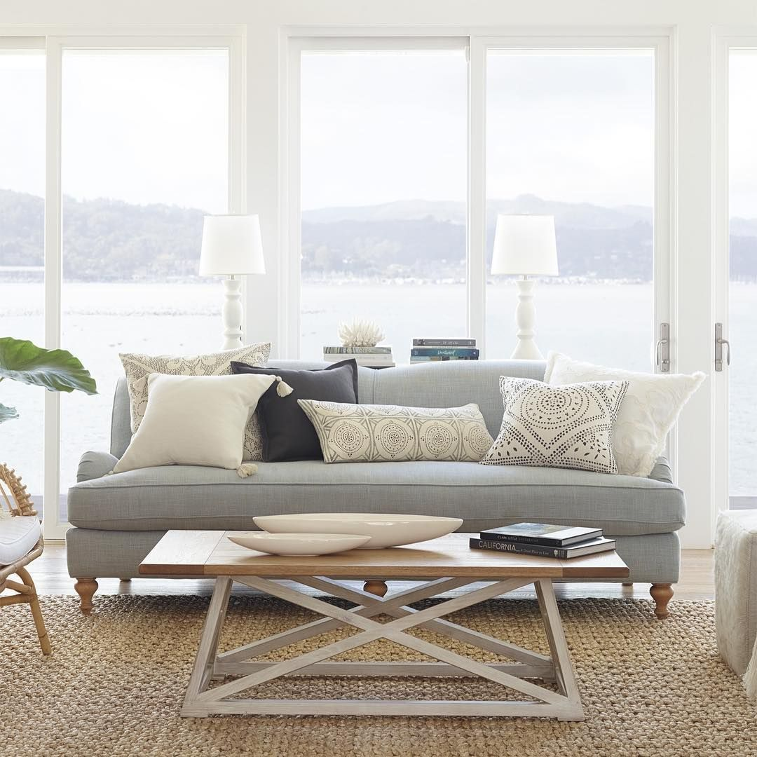Coastal light An airy mix of naturals creams and greys breathes