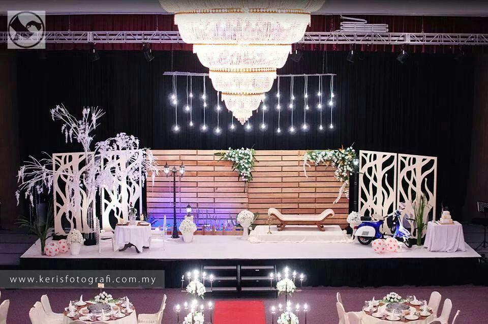 Kuching wedding wedding dais pelamin pinterest kuching kuching wedding junglespirit Choice Image