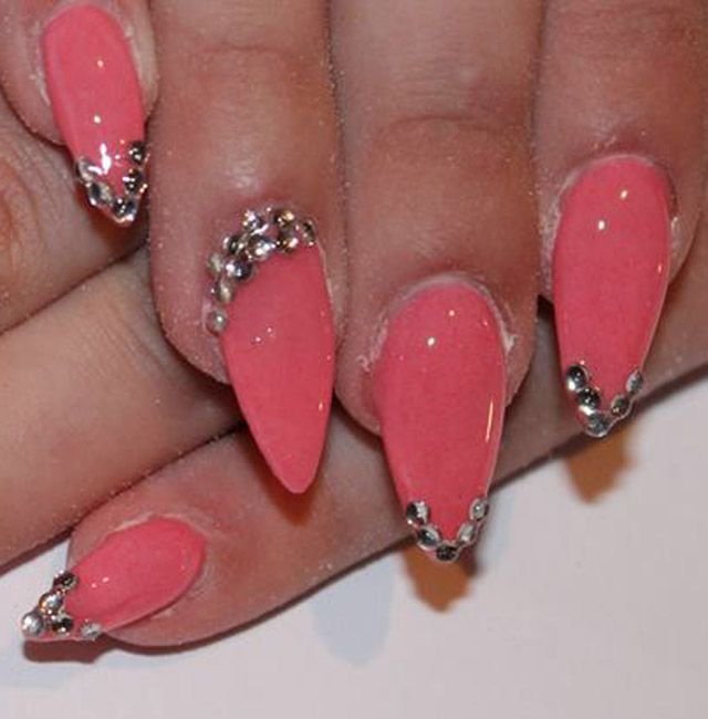 pink nails withdiamond studs design