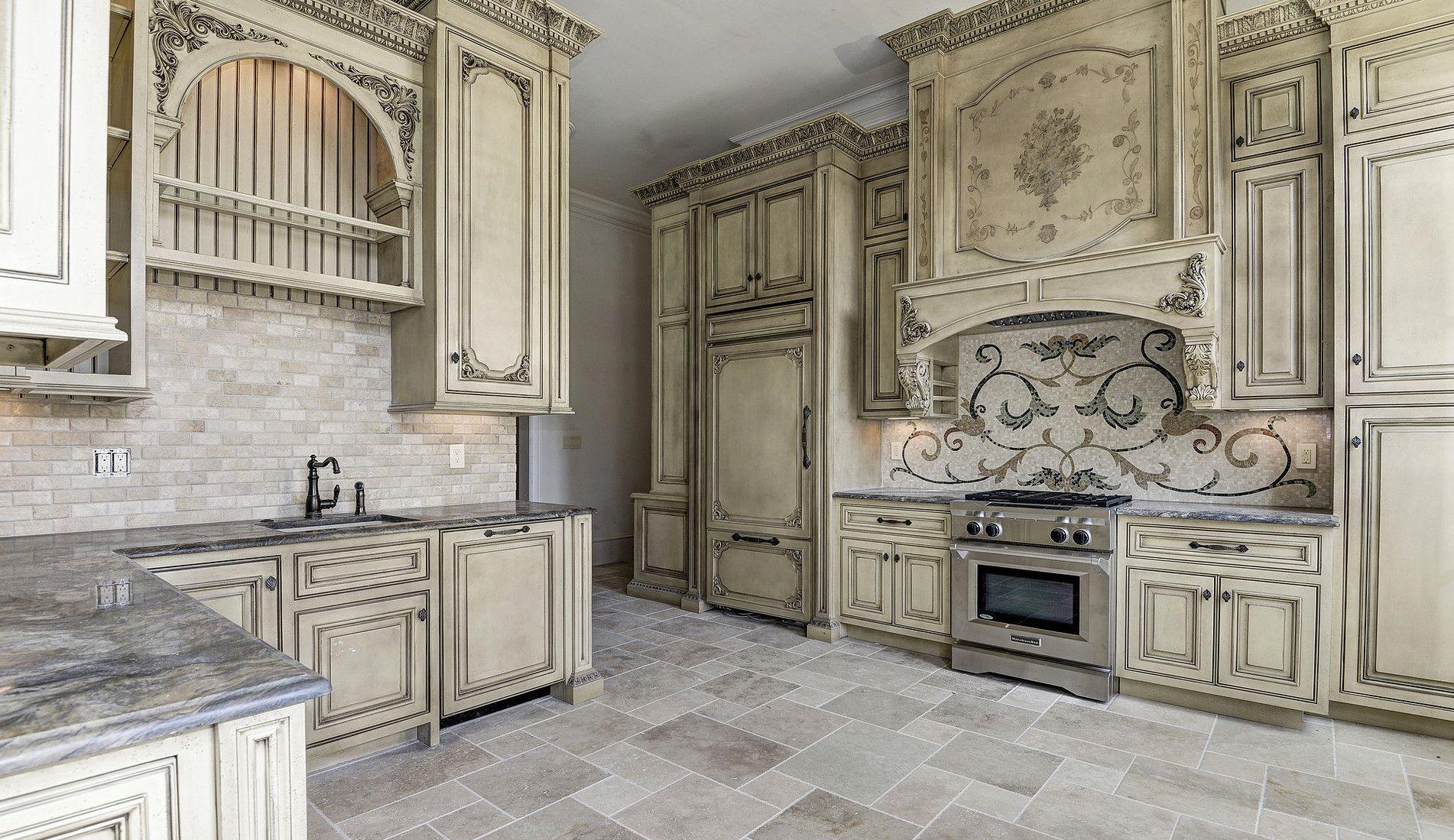Maple Ridge Cabinetry Luxury Kitchens Luxury Kitchen Design Tuscan Kitchen