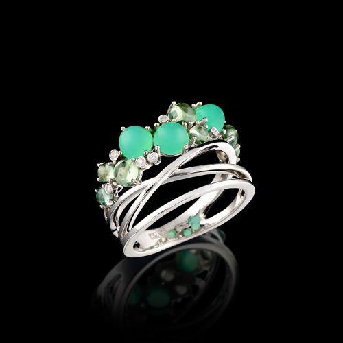 Ring 8968 Collection: Kaleidoscope  18K white gold, diamonds, chrysoprase, sapphires.