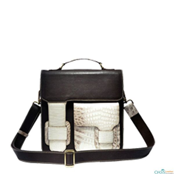 a6aff80bf3 Look stylish with Fancy Messenger Bags from Oasis Leather.