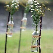 Cool outdoor wedding decor