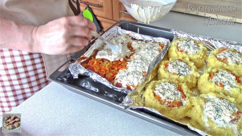 Сочная горбуша под соусом в духовке — Кулинарная книга ...