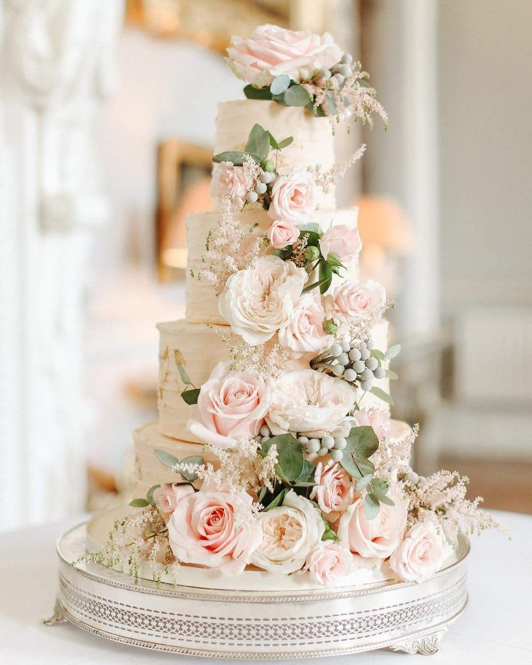 Pin By A C On Cake Collection Dessert Tables Wedding Cake Inspiration Wedding Cake Fresh Flowers Wedding Cakes
