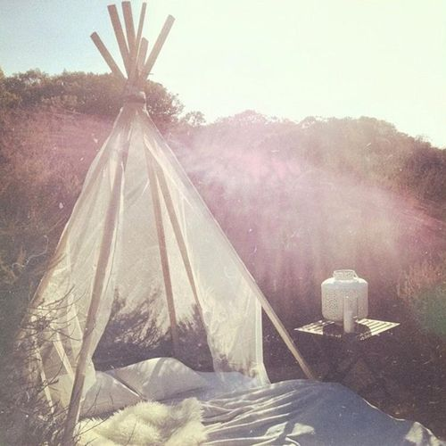 Teepee day bed. Perfect for a picnic, reading a book or a romantic afternoon with your love.