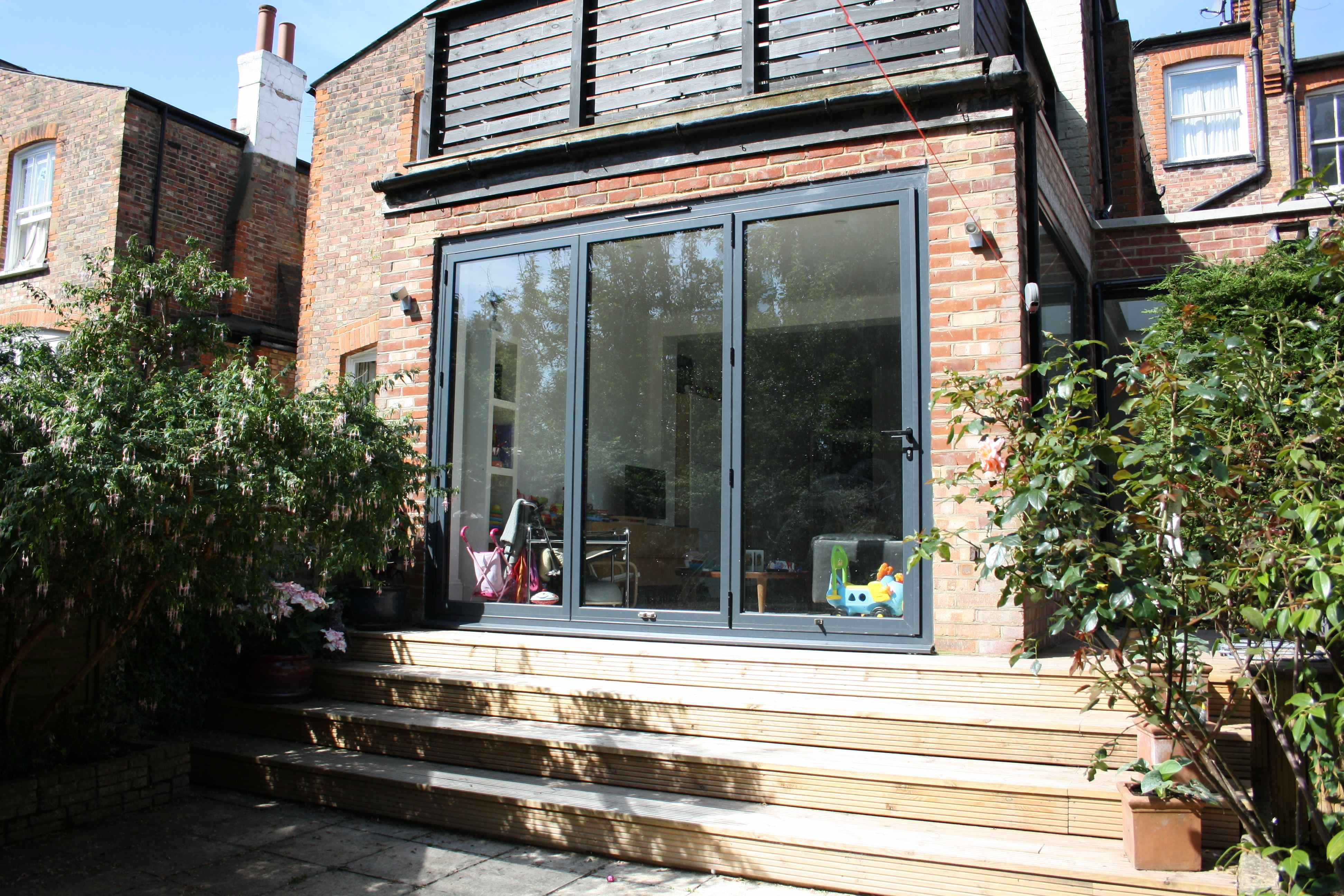 3 metre extension steps down to garden roof terrace for Terrace steps