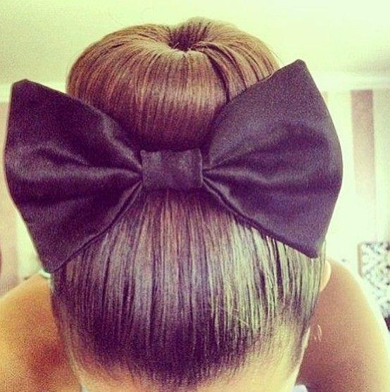 Fashion High Bun Bow Love This Fashion On Point Pinterest - Hairstyle bun with bow