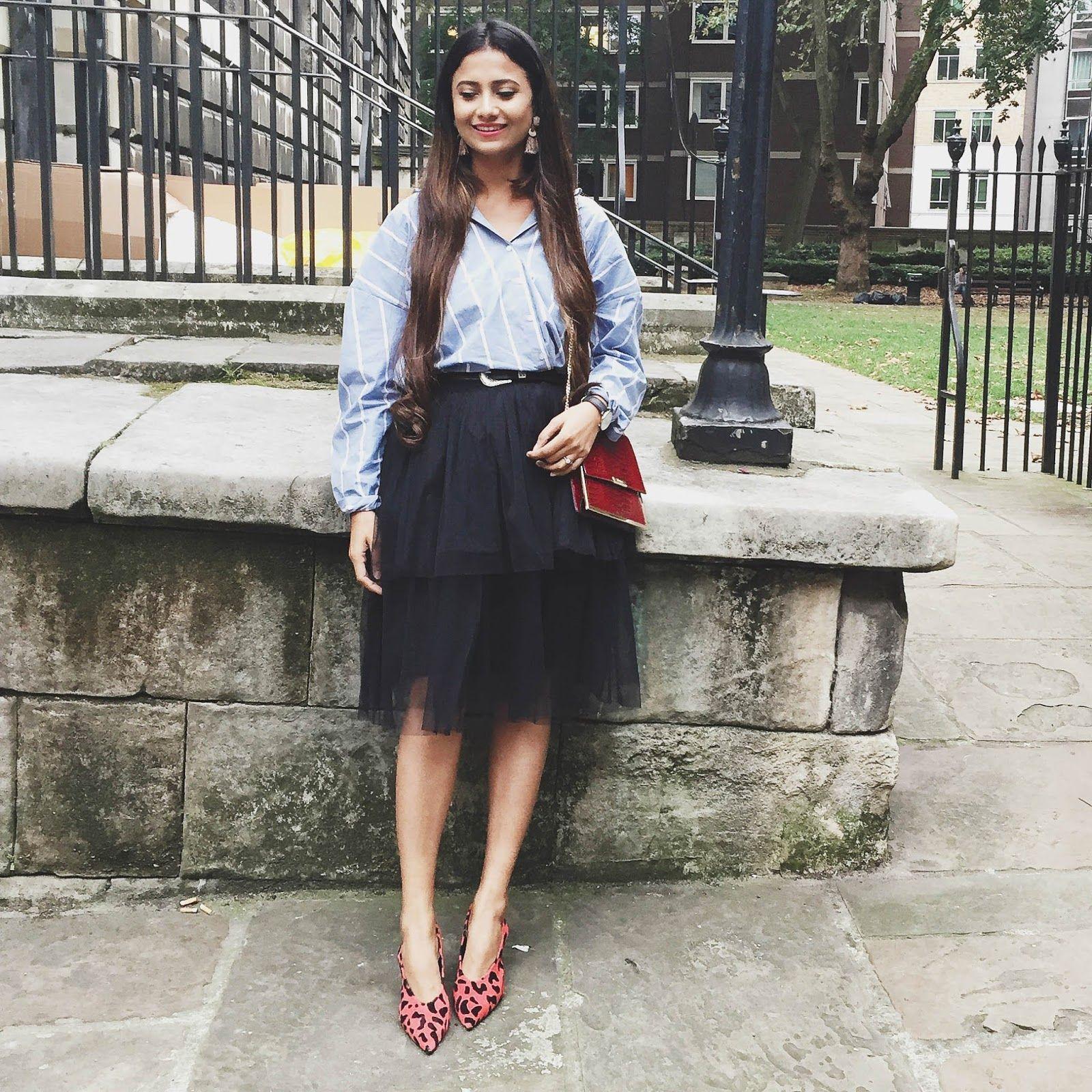 ashion week outfit, lfw, london fashion week, striped shirt casual, casual  chic