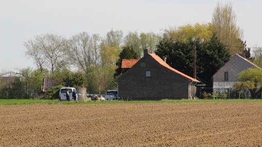 Redactie + VTM Nieuws,Vrouw schiet ex neer in Houthulst, HLN.be (17/04/15)  NATIONAAL