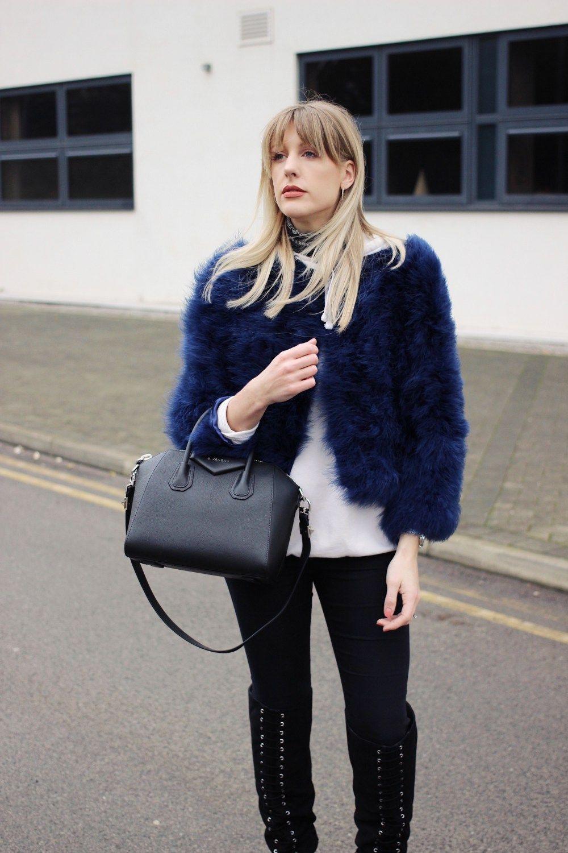 9f150cf6fb Charlotte Buttrick UK Fashion Blogger with Givenchy Antigona small black  leather