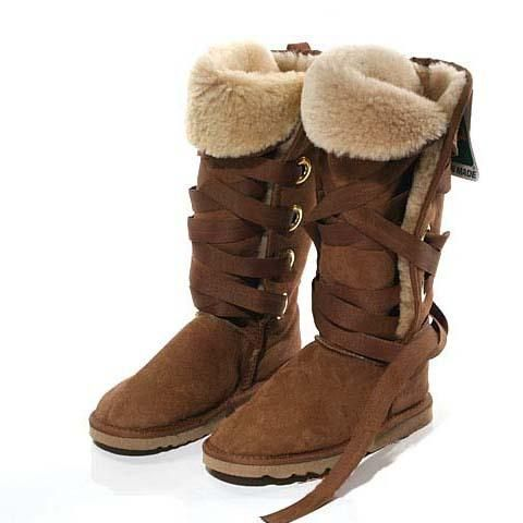 a6815734181 Alaskan Ugg boots | Outfits and Sorts | Classic ugg boots, Ugg snow ...