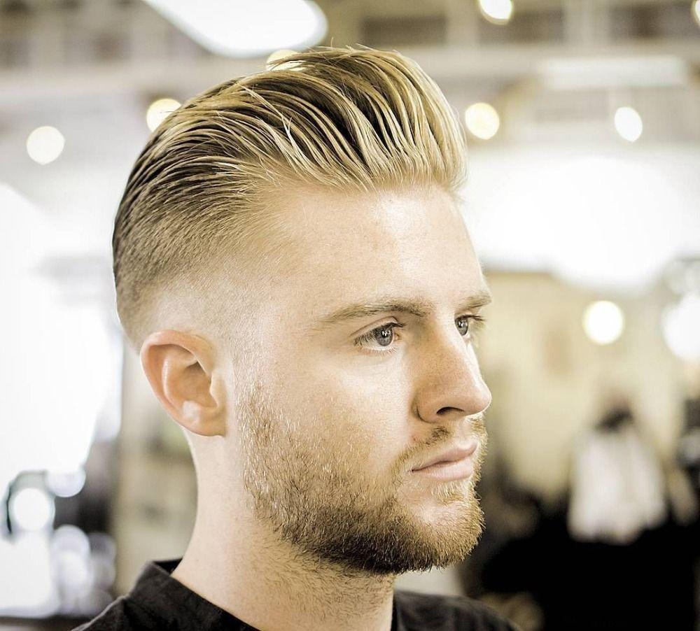Rockabilly Frisur Mann Kurz Blondes Haar Und Bart Beim Friseur Rockabilly Frisur Rockabilly Frisuren Manner Frisuren