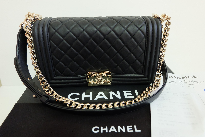 8279f972c406 Chanel Boy 10