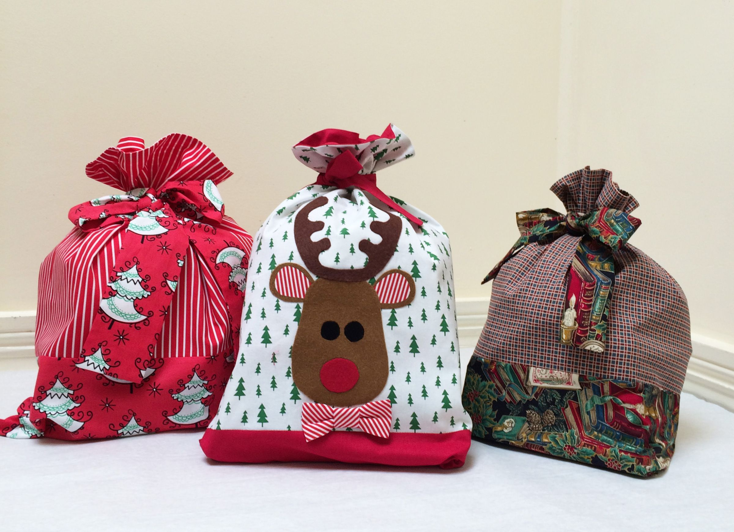 Santa Sack Sewing Tutorial And Free Applique Felicity