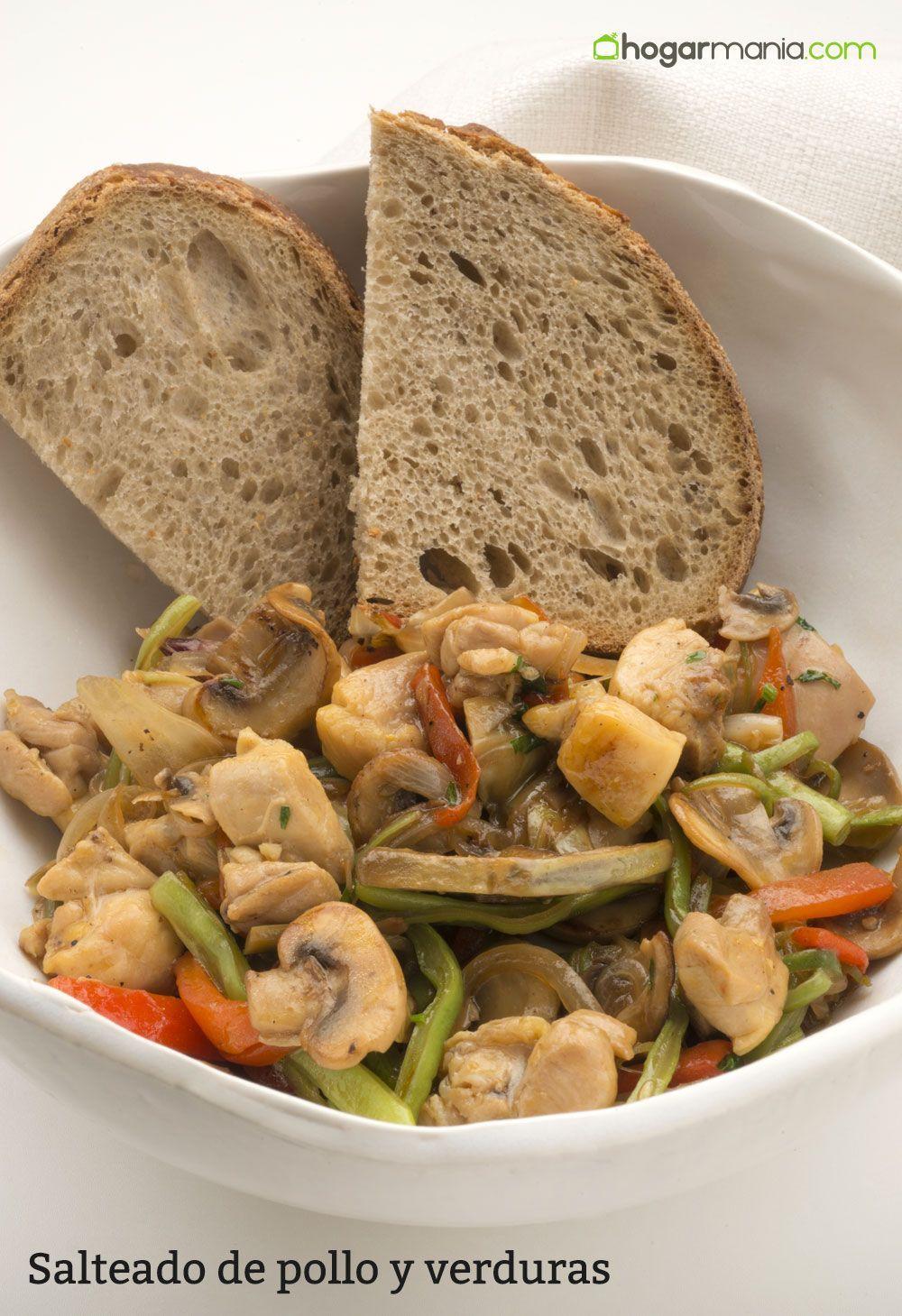 Karlos Arguiñano prepara un salteado de pollo, cebolleta, pimiento ...