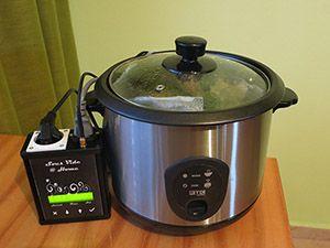 Regulátor Sous-Vide Home Chef ovládajúci hrniec na ryžu