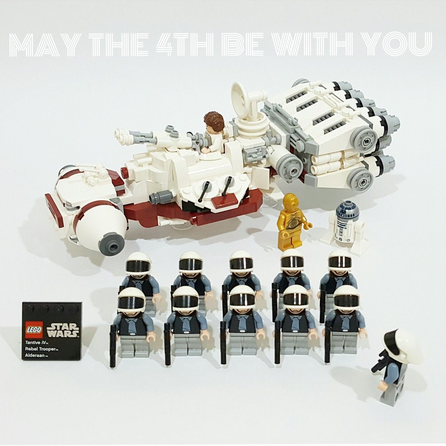 Lego star wars microfighters tantive iv mod jeux for Interieur vaisseau star wars