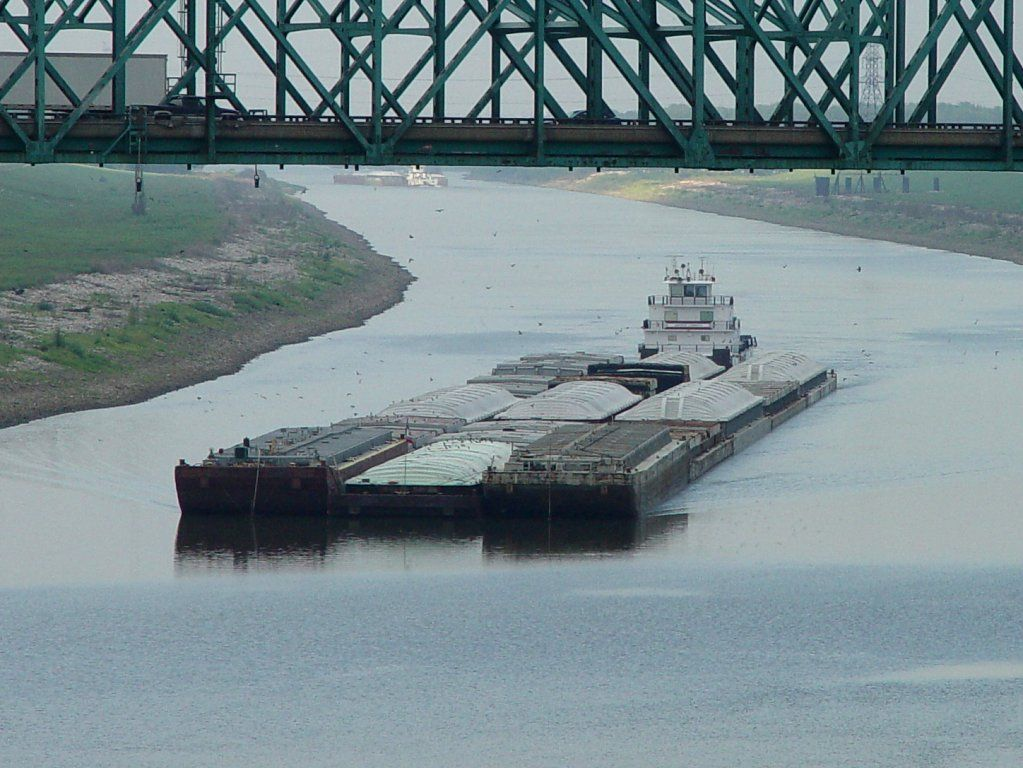 Granite City Il A Great Place To Photograph Towboats Granite City Tug Boats River Boat