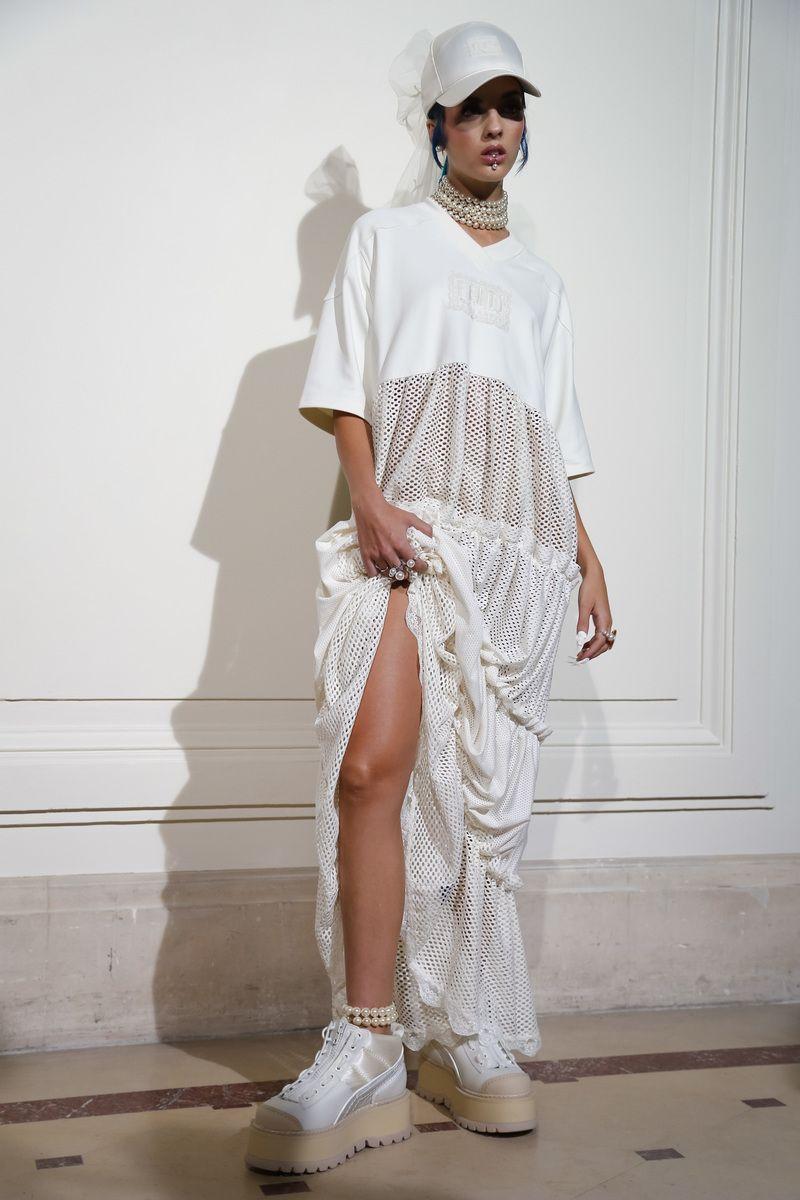 Fenty by Rihanna Fashion show backstageParis Fashion Week ...