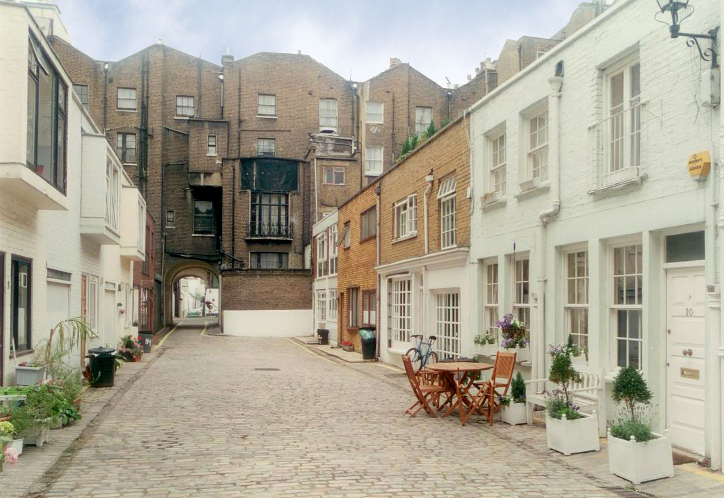 Have you heard of the mews home? Back around the time of Henry VIII's  reign, there wasn't any such thing. A mews referred to, at first, a cage  for hawks to ...
